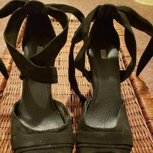 UGG blank wedge heel wrap around sandals. 12M